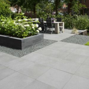 Bestrating van betontegels
