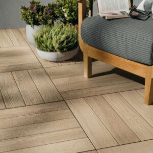 Keramische tegels met houtstructuur