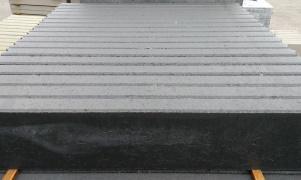 A12 B-keuze opsluitbanden 6x20 grijs