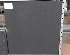 A26. Betontegels 60x60x4,4 antraciet