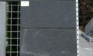 A9. Betontegels 60x30x6 zwart